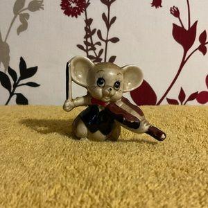 Cute little Vintage mouse ornament $10 🐭